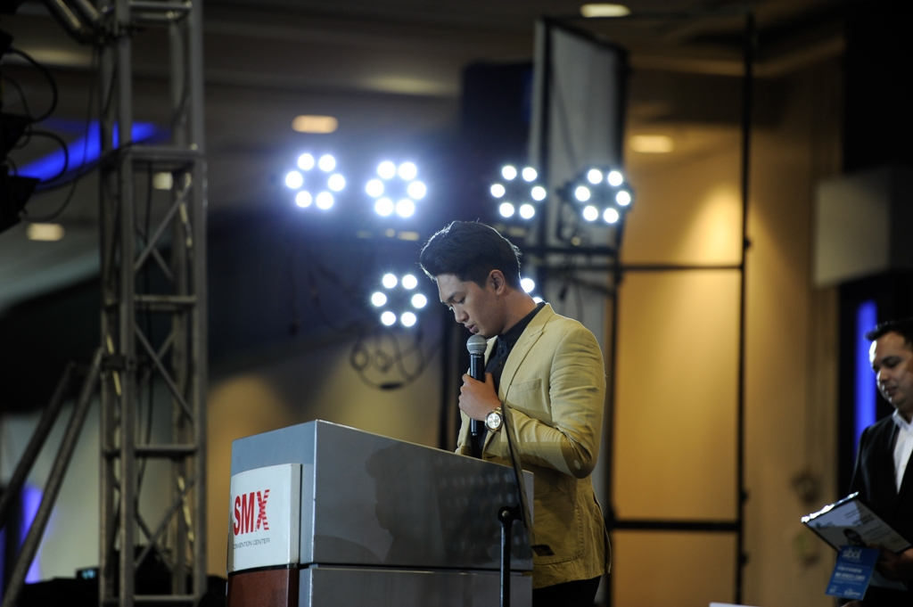 Mike Spencer Cerbito gives delivers his speech after bagging this year's title.